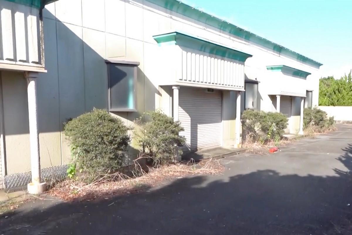Заброшенный секс-отель в Японии (фото + видео)