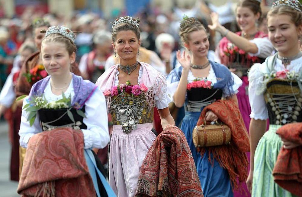 Октоберфест стартовал в Мюнхене (30 фото)