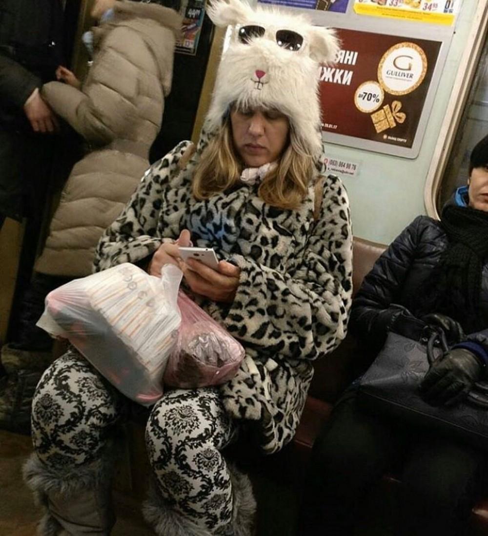 Модники и чудики из российского метрополитена - 110 (43 фото)
