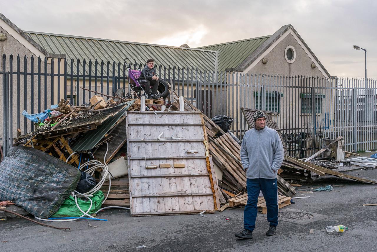 Драки и пышные свадьбы: красота и жестокость жизни цыган в Дублине (30 фото)