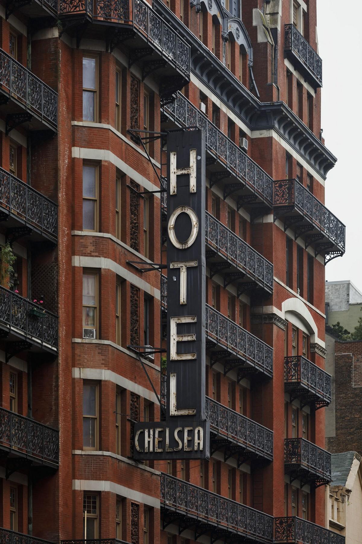 Легендарный отель \Челси\ — одно из последних мест, где тусовалась богема