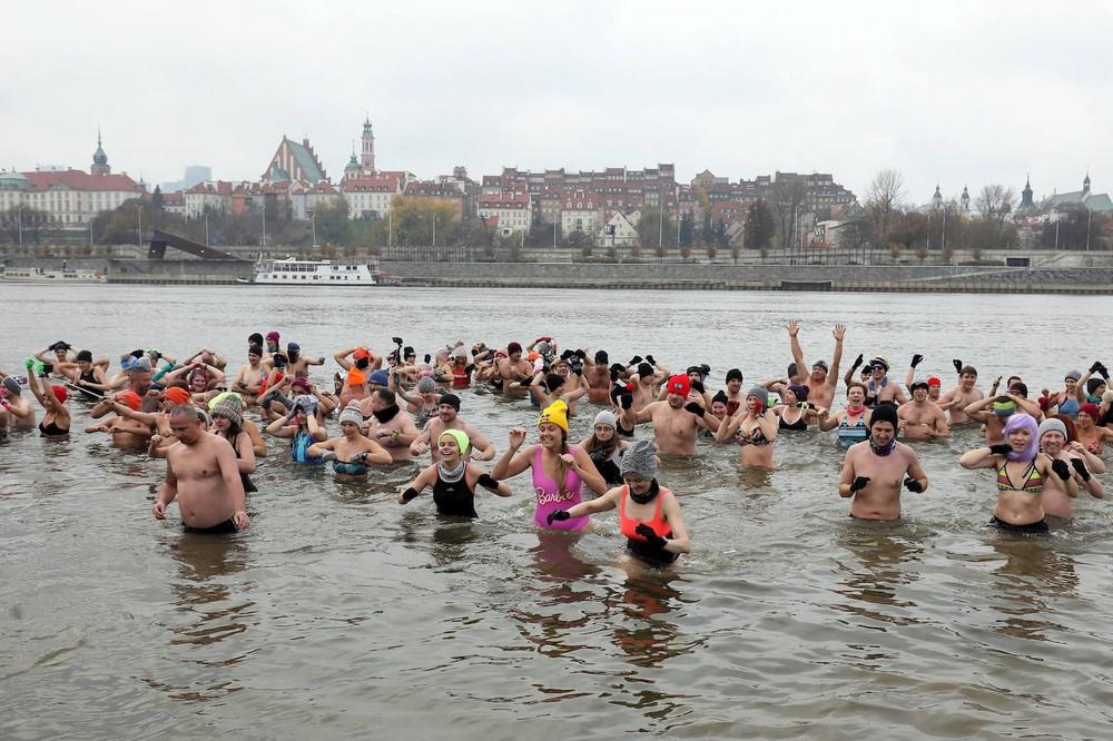 Польские \моржи\ открыли купальный сезон