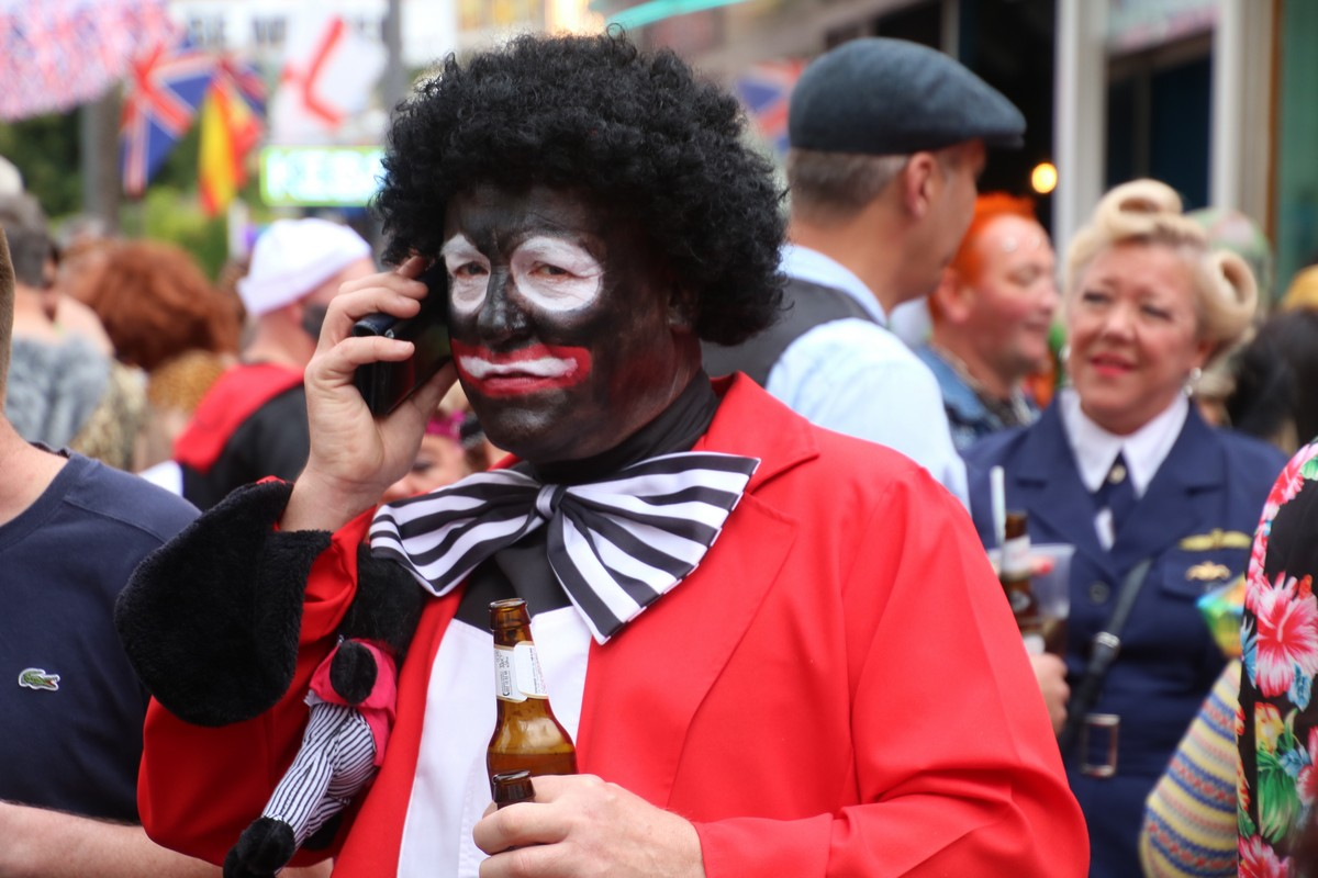 Британский день маскарадных костюмов в Бенидорме (30 фото)