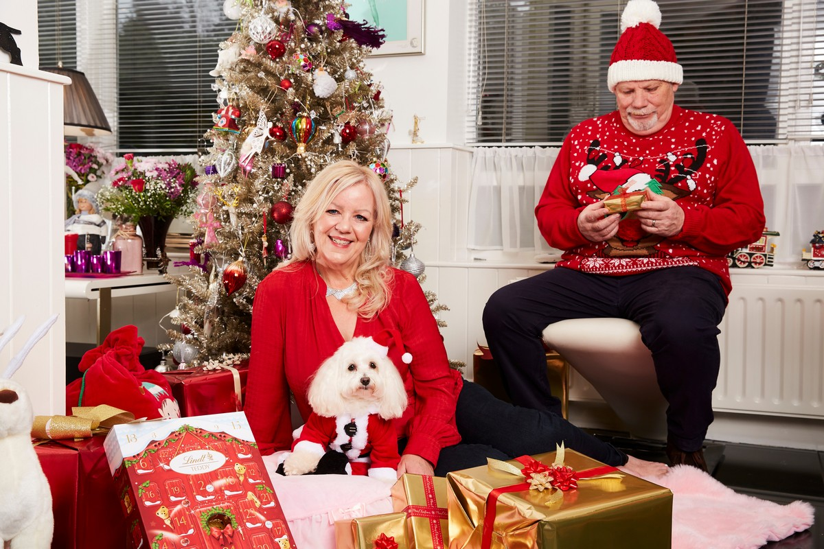 Британка потратила £2 700 на рождественские подарки для собачки