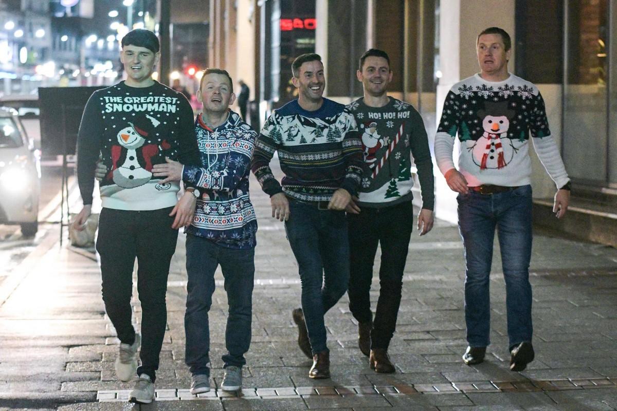 Британцы уже начали отмечать Рождество (25 фото)