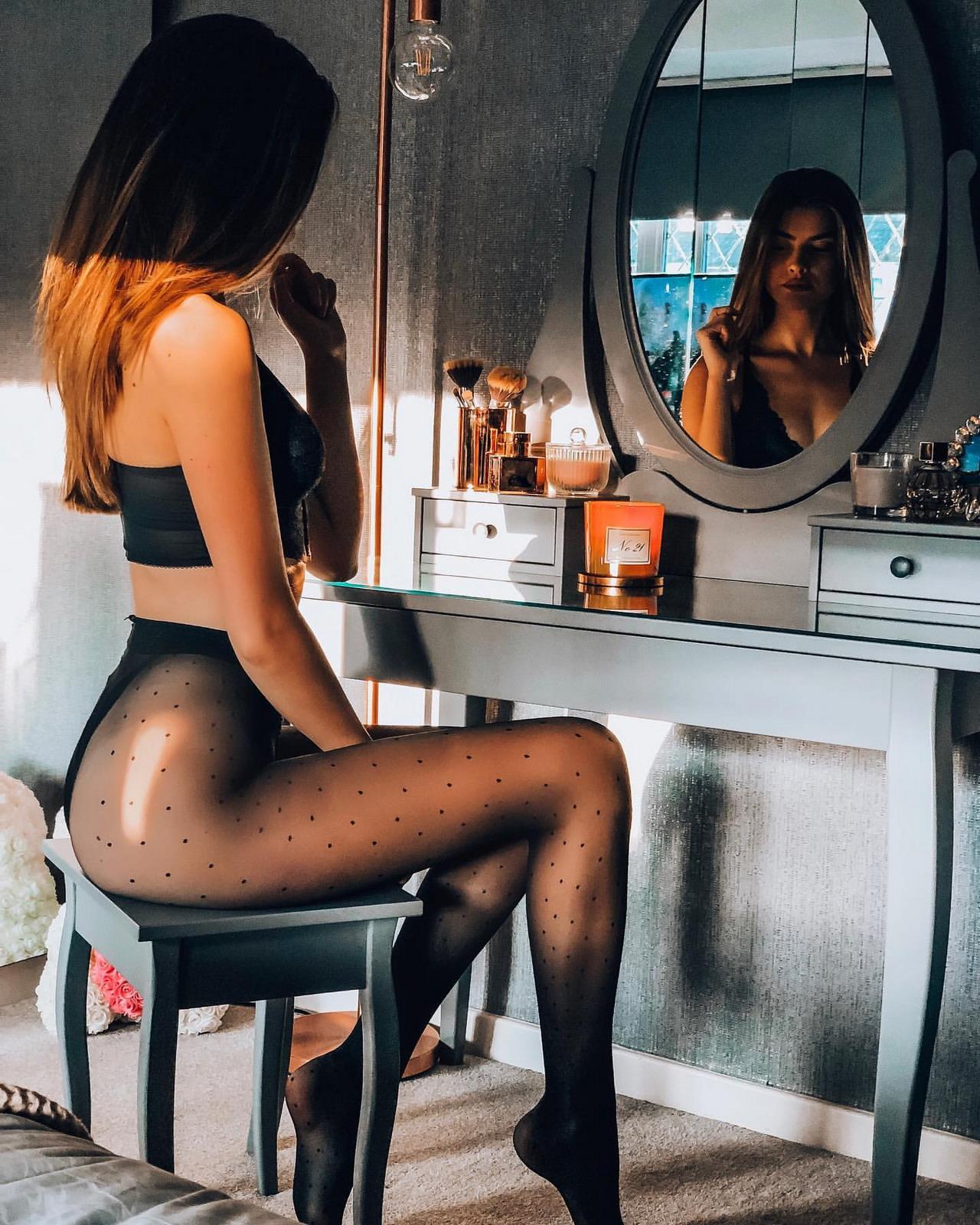 Привлекательные девушки в нижнем белье - 32 (50 фото)