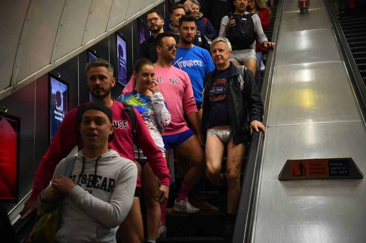 Акция «В метро без штанов 2020» (40 фото)