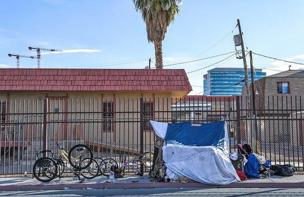 Война с бездомными в Лас-Вегасе (30 фото)