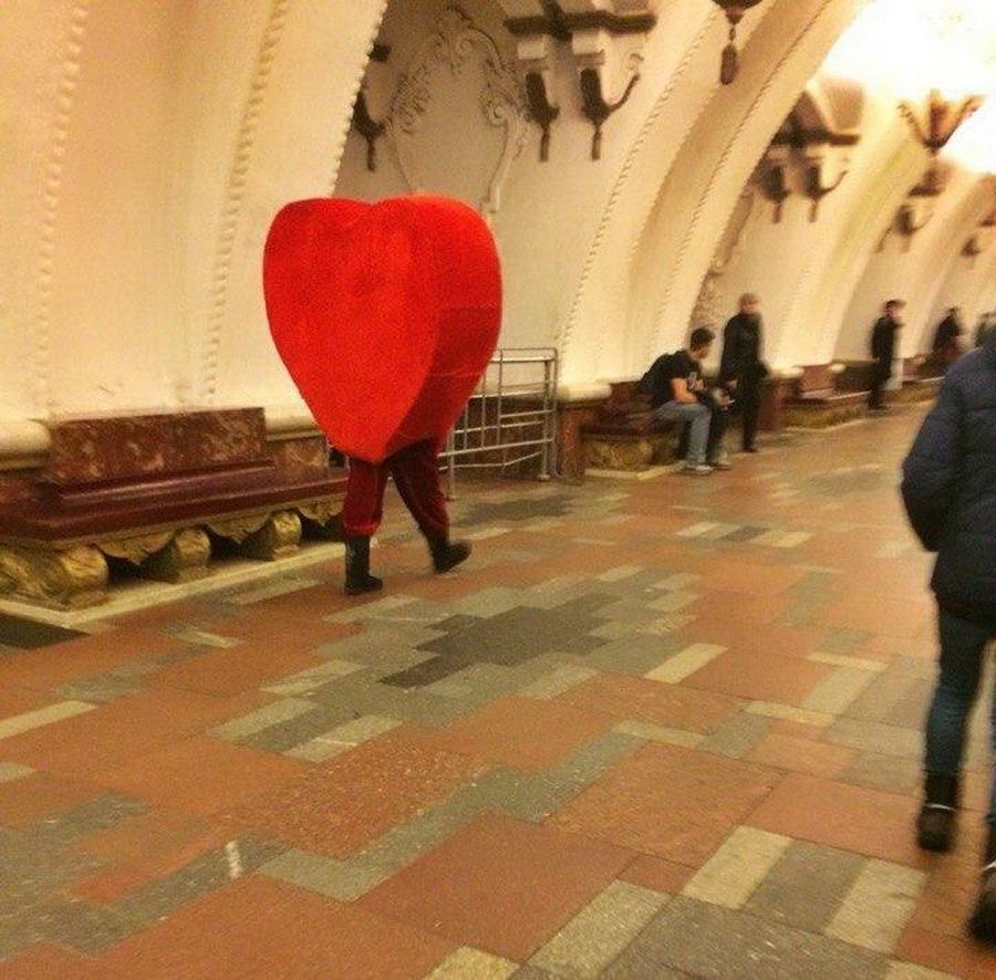 Модники и чудики из российского метрополитена - 127 (45 фото)