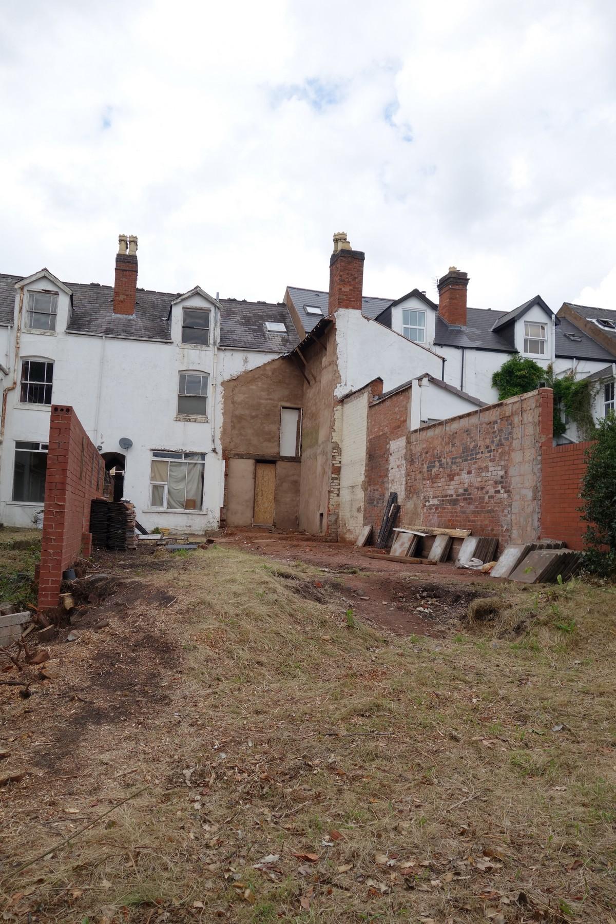 Британка купила ветхий дом за £415 000 и превращает его в дом мечты стоимостью £1 000 000