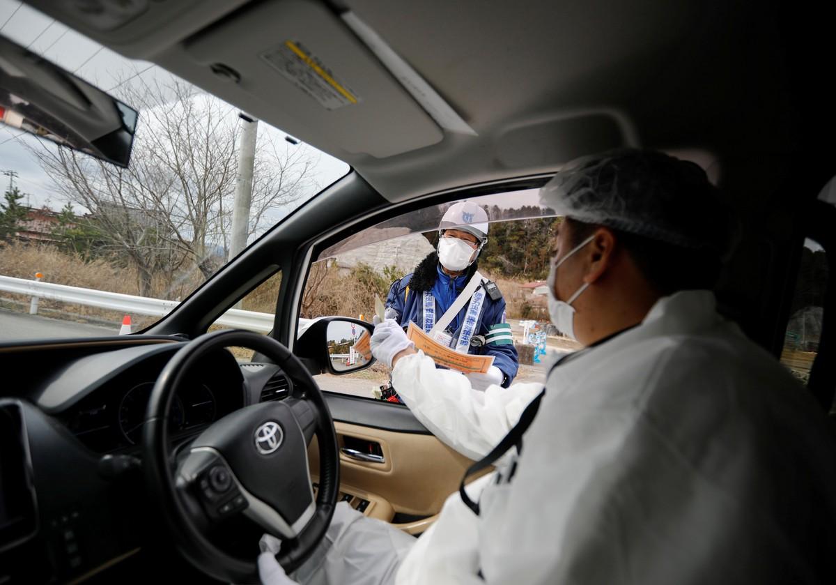 Внутри зоны отчуждения, через девять лет после катастрофы на Фукусиме (30 фото)