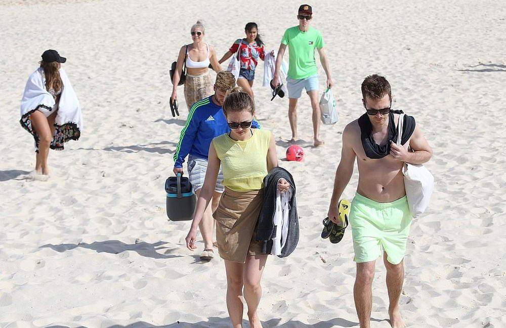 Пляж Бонди закрыт после того, как тысячи слабоумных любителей солнца проигнорировали запрет