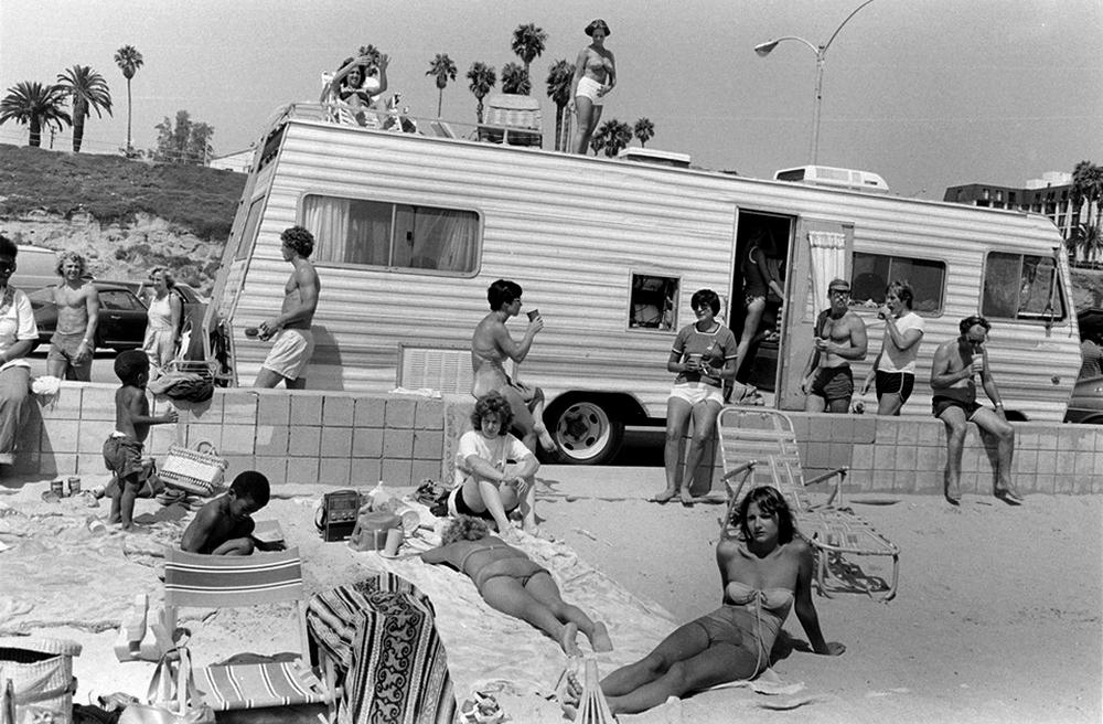 Беспечные 60-е и бурные 70-е на снимках Пола Макдонаха
