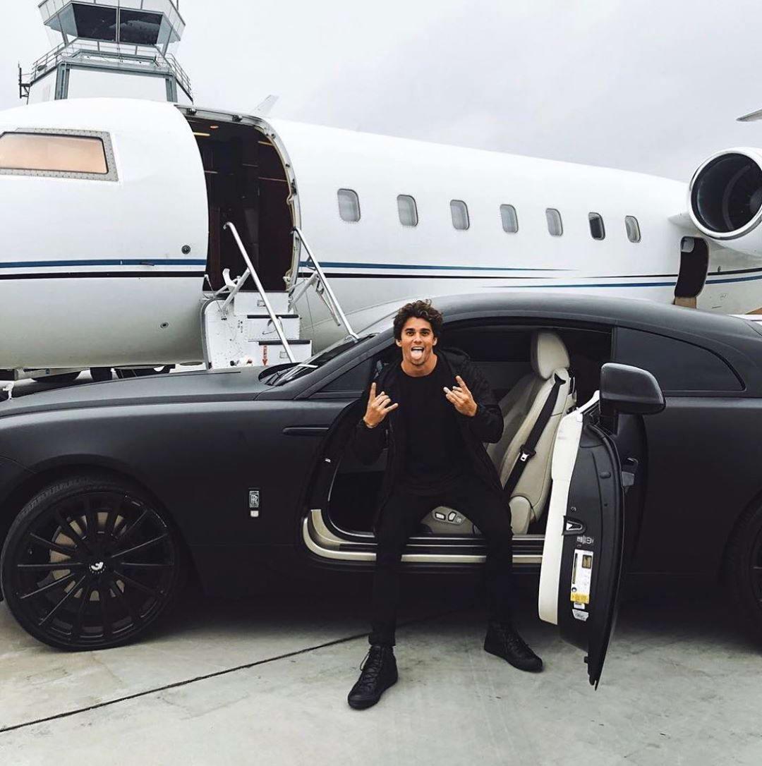 Богатые детки из Instagram на карантине (35 фото)