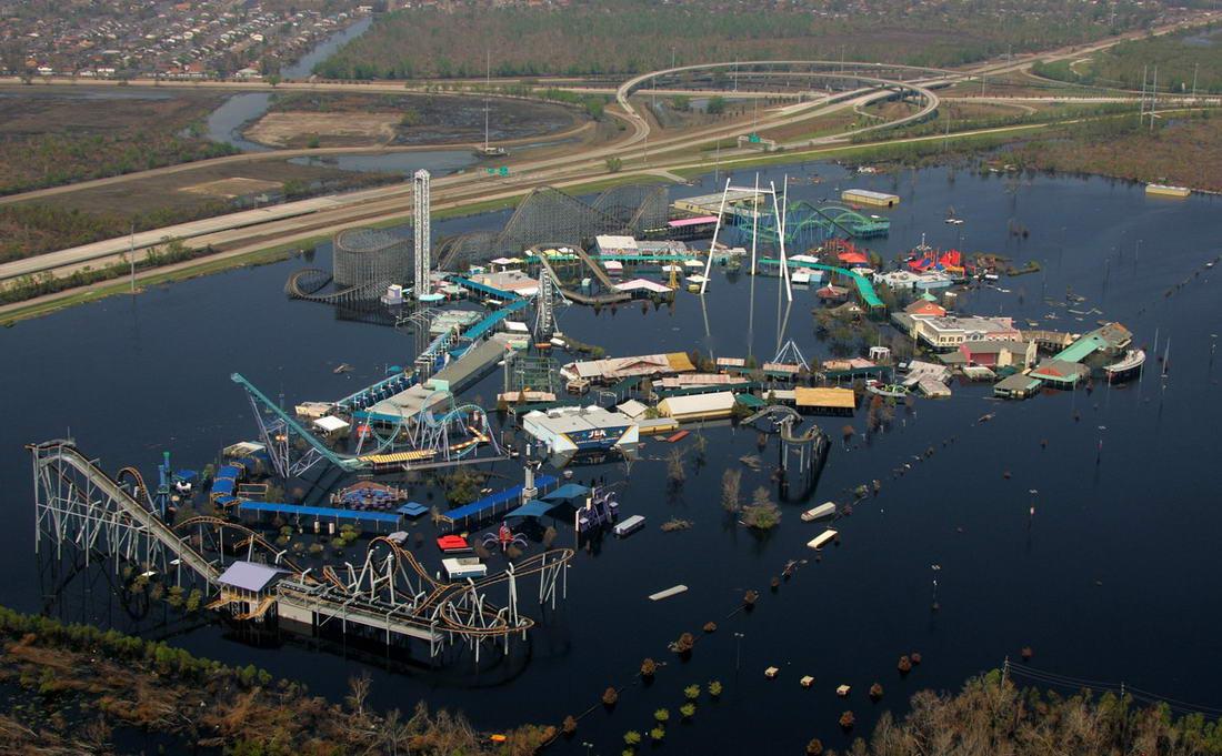 Внутри жуткого заброшенного тематического парка, пострадавшего из-за урагана Катрина