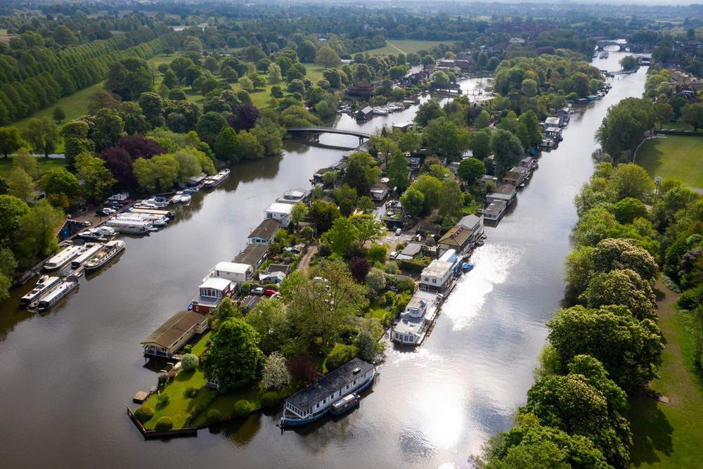 Крошечный остров на реке Темза — оазис без коронавируса для немногих счастливчиков