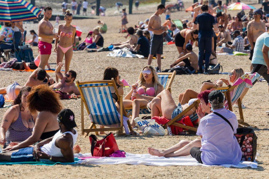 В Великобритании опасаются второй волны коронавируса (25 фото)
