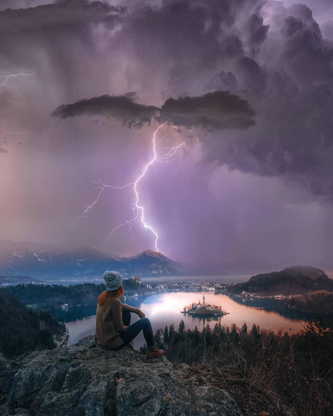 Штормы, молнии и звезды на снимках Брента Шавнора (25 фото)