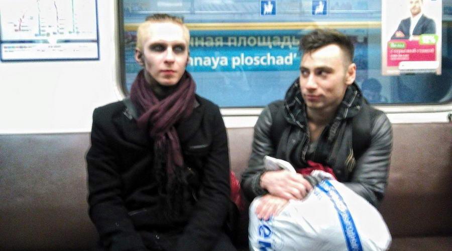 Модники и чудики из российского метрополитена - 143 (40 фото)