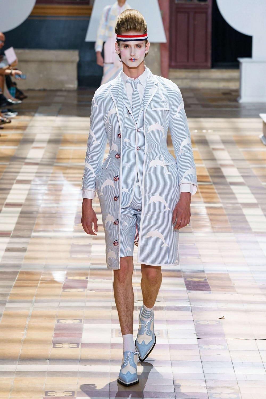 Юбки и платья: мужская мода лета 2020 (30 фото)