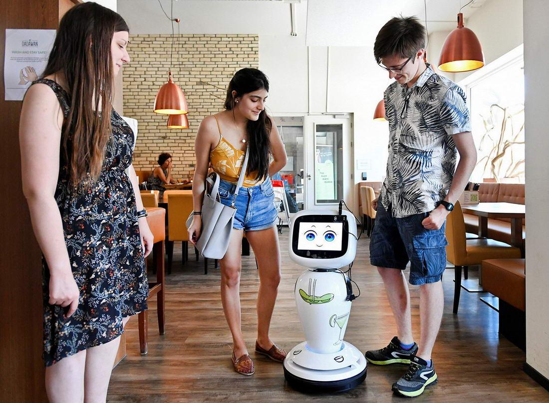 До чего дошел прогресс: вкалывают роботы, а не человек (40 фото)