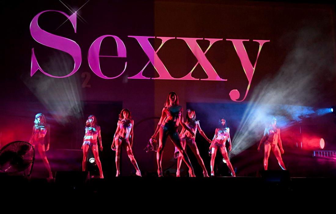 """""""SEXXY: The Show"""" возобновило работу после карантина (45 фото)"""
