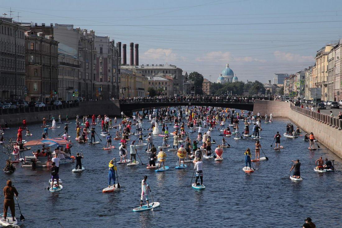 Фестиваль «Фонтанка-SUP» прошел в Санкт-Петербурге (30 фото)