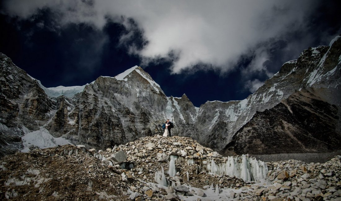 Свадьба на Эвересте (11 фото)