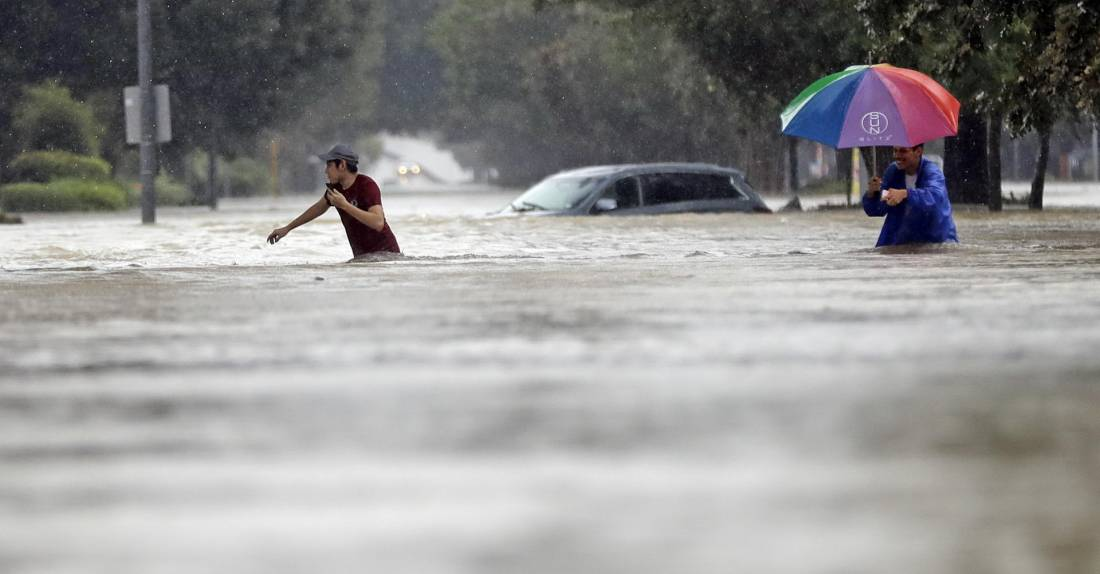 Ураган «Харви» обрушился на побережье Техаса (40 фото)
