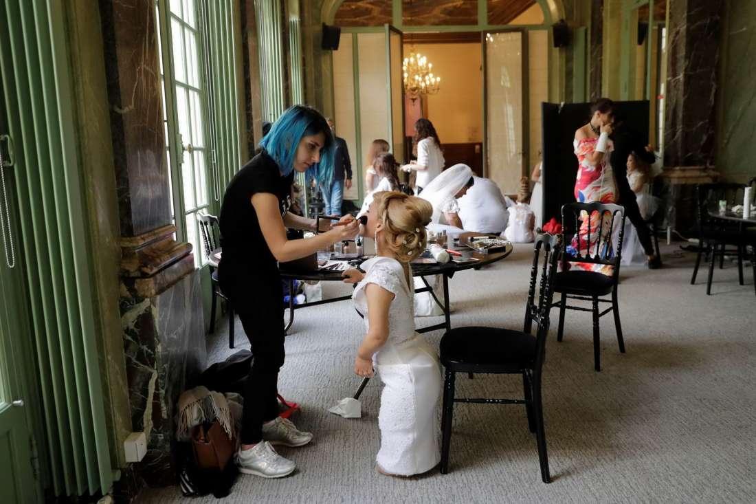 Маленькие модели Неделе моды в Париже (15 фото)